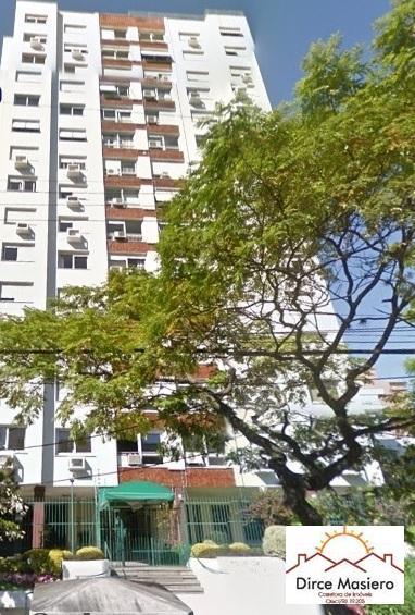 IMÓVEIS vende amplo apartamento de 3 dormitórios, suíte, banho social, dependência de empregada, cozinha/copa, garagem/vaga/box, edifício com gás central, portaria 24h, salão de festas, 2 elevadores.dependência de empregada, próximo ao Zafari, Redenção e rua Fernandes Vieira.